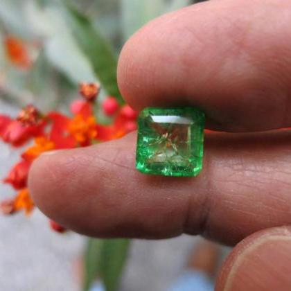 loose emerald colombian emerald nat..