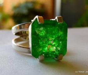 emerald ring colombi..