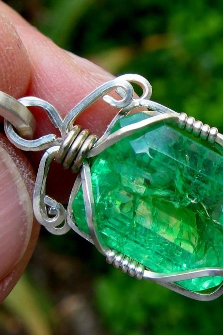 boho jewelry emerald pendant colombian emerald emerald necklace