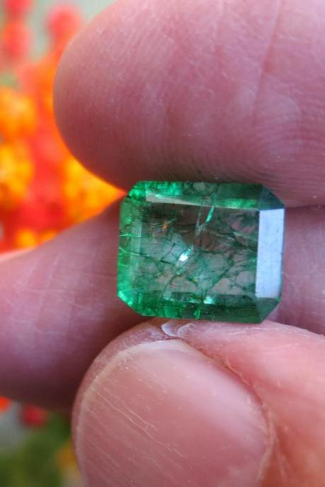 natural emerald colombian emerald muzo emerald
