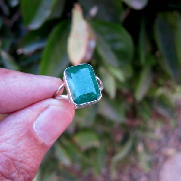 emerald ring colombian emeralds natural emeralds emerald gemstone solitaire ring